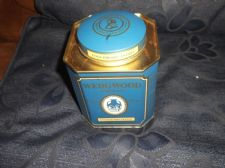 COLLECTABLE EMPTY TEA TIN WEDGWOOD ENGLISH BREAKFAST  BLUE